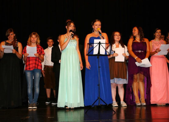 """""""Lass uns geen"""" - Nina Doormann und Angeline Kolmann (10c) + Chor 10ac"""