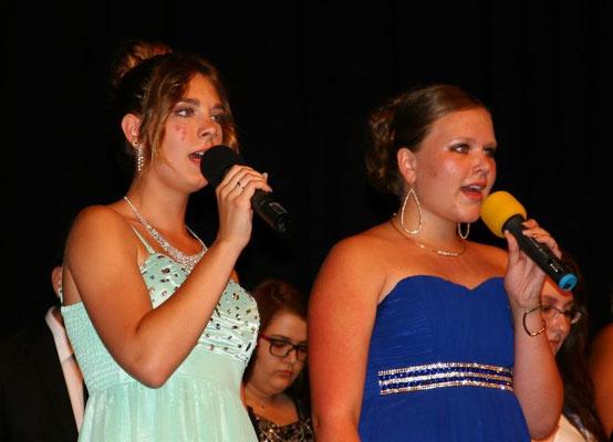 """Lass uns gehn"" - Nina Doormann und Angeline Kolmann (10c) + Chor 10ac"