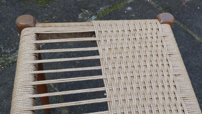 Trame pour tresser la corde danoise / Weft for danish cord weaving.