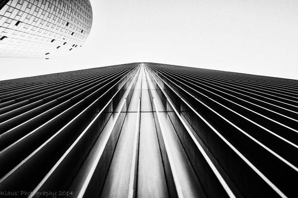 Der Blick nach oben im Frankfurter Bankenviertel