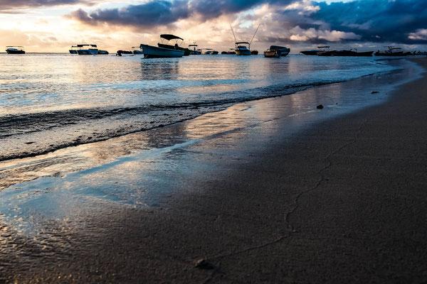 Sunset an der Westküste von Mauritius