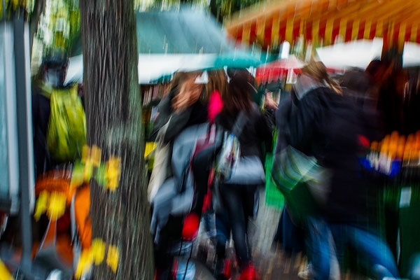 Die Bewegung (auf dem Karlsruher Gutenbergplatz)