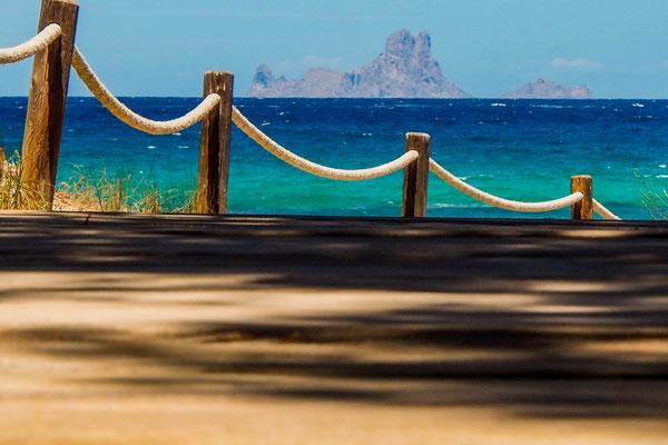 Formentera /Blick auf Ibiza