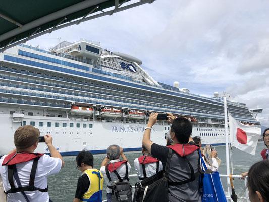 海から:客船 ダイアモンド・プリンセス