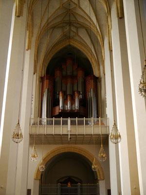 Orgel auf der Empore