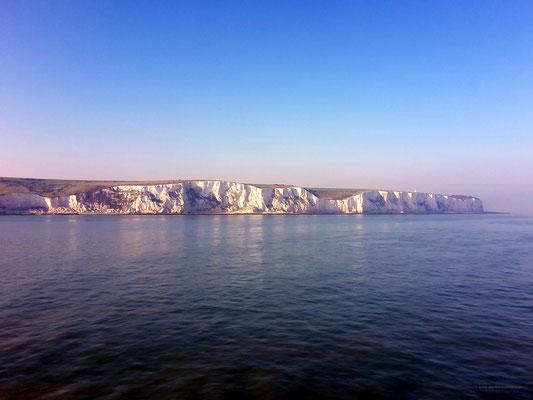 Die weißen Klippen von Dover kommen in Sicht!