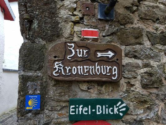 Zur Kronenburg...