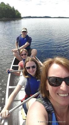 Die Fernschreiber-family im Kanu