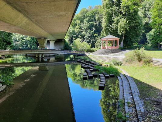 """""""Wasserpark"""" unterhalb der B 22"""