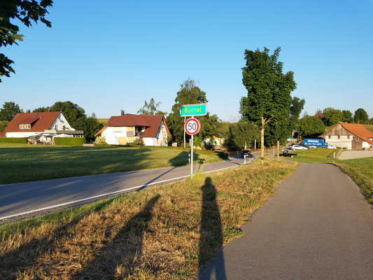 Winzige Ortschaft Büchel