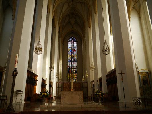 hohes gotisches Gewölbe