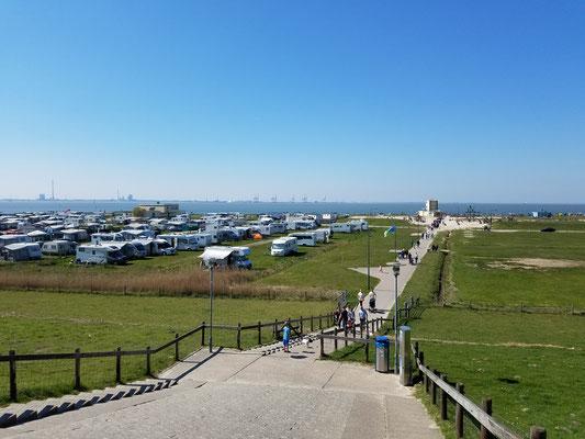 Knaus-Campingplatz in Tossens direkt am Wasser
