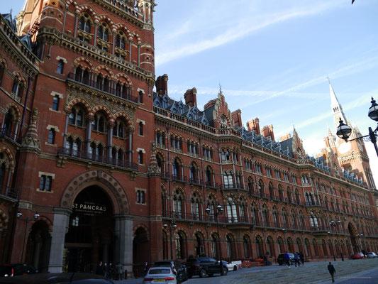 Bahnhof St. Pancras -  bei Harry Potter Ausgangspunkt zu Hogwarts
