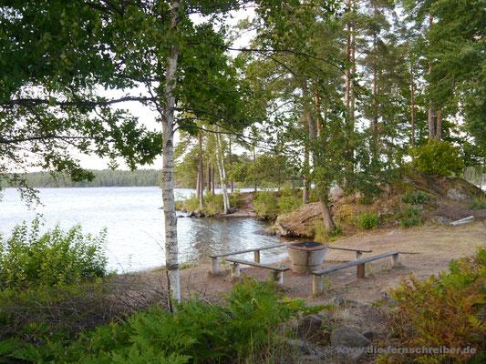 Grillplatz am See Långsjön