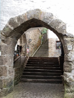 Noch mehr Stufen nach oben