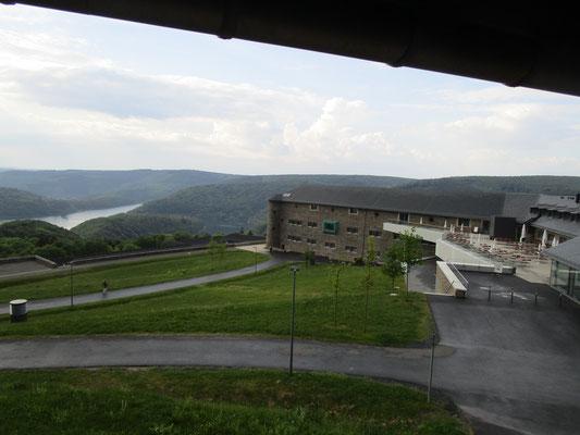 Teil der Anlage mit Besucherterrasse