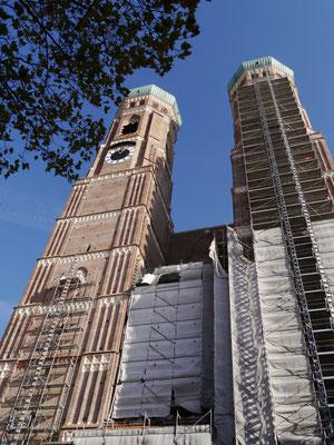 Frauenkirche eingerüstet