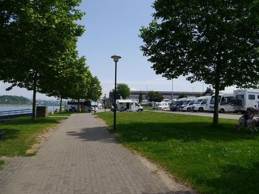 Promenade vom Stellplatz Richtung Anleger im Rückblick