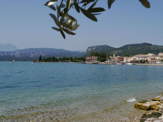An der Strandpromenade von Bardolino...