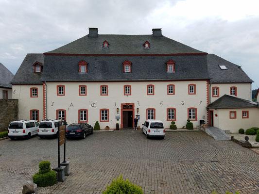 """Schlosshotel """"Burghaus Kronenburg"""""""