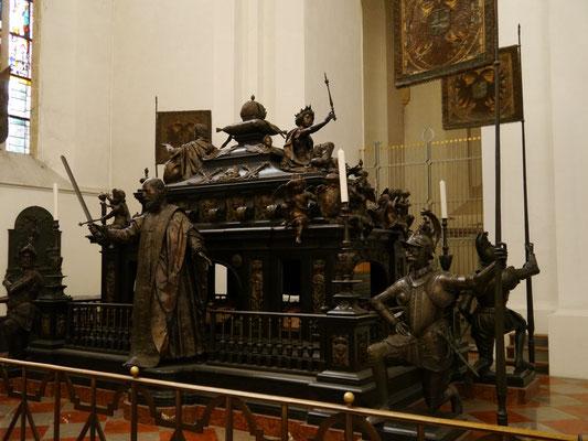 Kenotaph (Scheingrab) von Kaiser Ludwig den Bayern