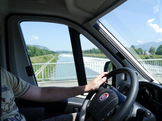 ... über den Rhein nach Liechtenstein