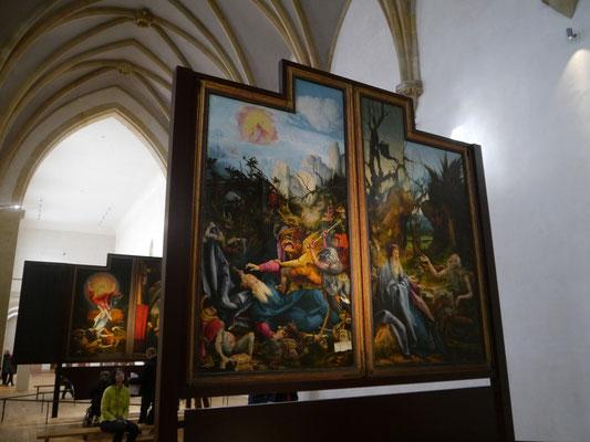 ... mit seinen wundervollen Gemälden, die nach und nach geöffnet werden