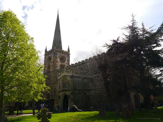 Holy Trinity Church außen...