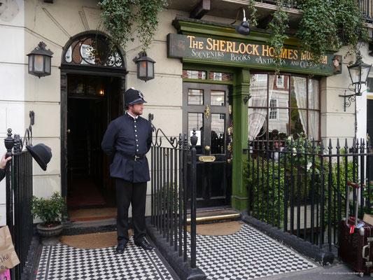 Sherlock Holmes Museum von außen...
