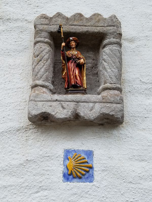 Der Burgbering gehört zum Pilgerpfad des Jakobsweg