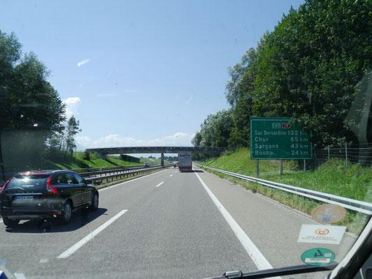 Weiter Richtung Chur (Schweiz), aber mit Abstecher durch Liechtenstein