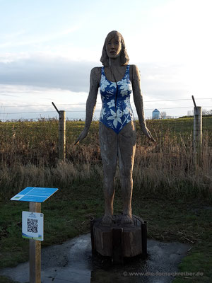 Kunst-Skulptur an der Promenade