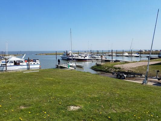 Butjadinger Yachtclub...