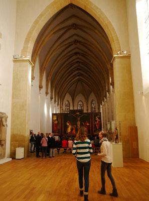 Im Saal des berühmten Isenheimer Altars...