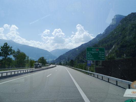 Auf der A13 weiter Richtung Chur