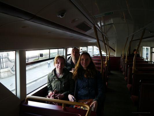 Mit den Bussen des öffentlichen Nahverkehrs fahren - macht immer wieder Spaß...