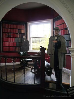 """Grüße vom """"Hund von Baskerville"""", den Sir Arthur Conan Doyle im Dartmoor herumlaufen ließ"""