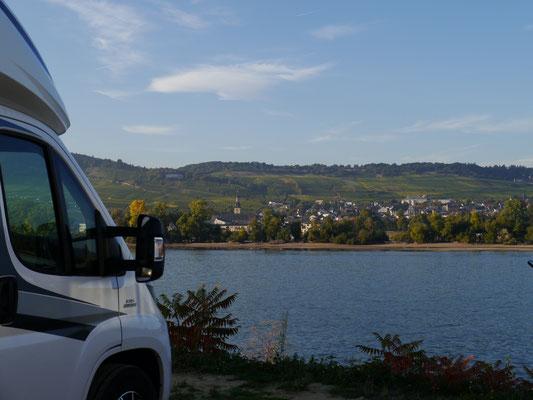 Wieder am Womo in Bingen, auf der anderen Seite ist Rüdesheim