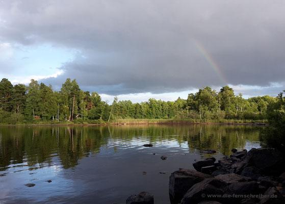 ... wunderschöner Regenbogen am Abend