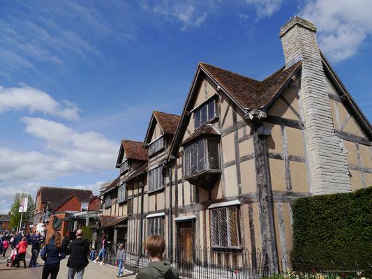 Das Geburtshaus Shakespeares in der heutigen Fußgängerzone