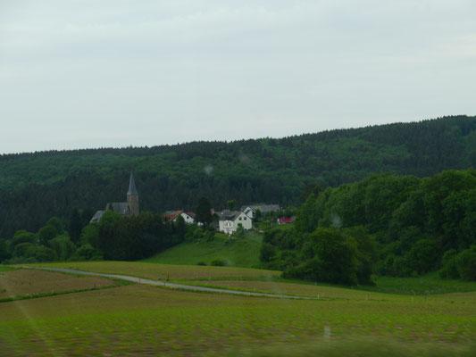 Viel grüne Landschaft
