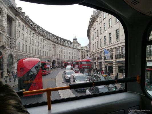 Weiter geht's per Bus...