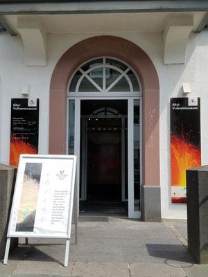 Eingang zum Eifel-Vulkanmuseum