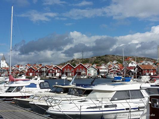 Schöne Yachten dort in Skärhamn