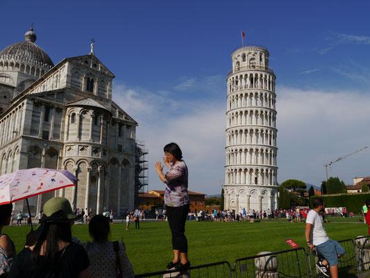 Nur MEINETWEGEN fällt der Turm nicht um...