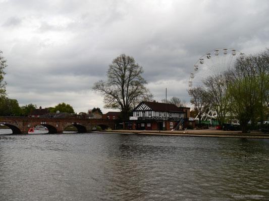 Fluss Avon durch Stratford fließend
