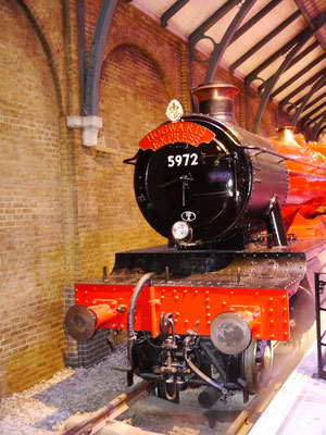 Modell GWR 4900 Class 5972 Olton Hall Lokomotive