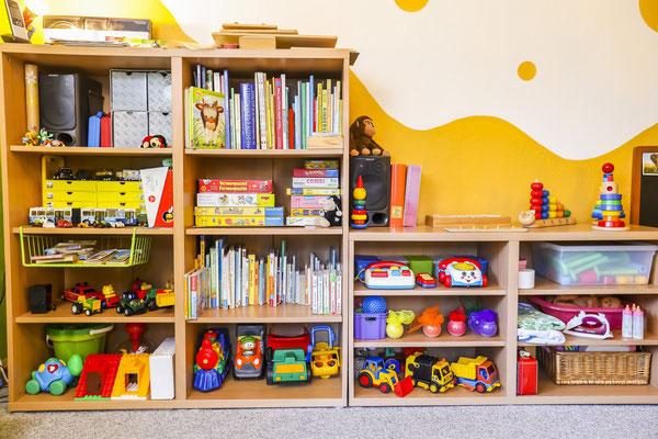 Kindertagesstätte Jena Spielregal