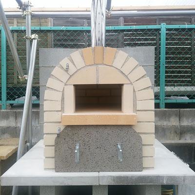 耐火レンガによるオリジナルピザ窯(石窯)@奈良県北葛城郡広陵町 設計・施工事例画像