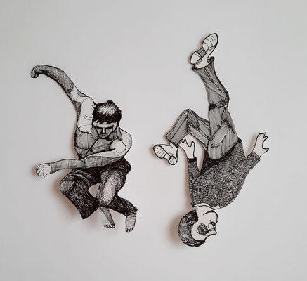 Fallende (2) ca. 18 und 22 cm Fineliner auf Papier